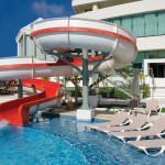Residential Water Slides - Beach Palace Resorts - Cancún, Quintana Roo, México