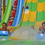 Toboganes de carreras - Aqualinea - Parque Acuático Aquopolis - Mar del Plata, Argentina