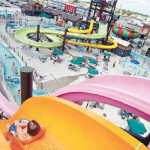 Speed Water Slides - Kamikaze - Hucks Harbor Water Park - Burlington, Iowa, USA